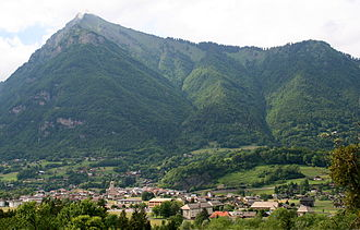 0 Taninges - Village - Pic de Marcelly (1).JPG