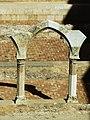110 Sant Miquel dels Reis (València), pati nord, arc de Sant Benet de Rascanya.jpg