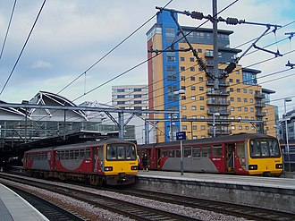 British Rail Class 144 - Image: 144005 144015 C Leeds