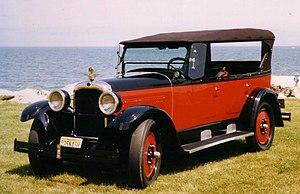 Rebadging - Image: 1925 Nash automobile