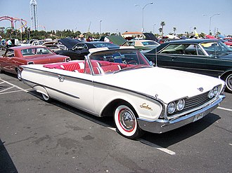 Ford Galaxie - 1960 Ford Galaxie Sunliner