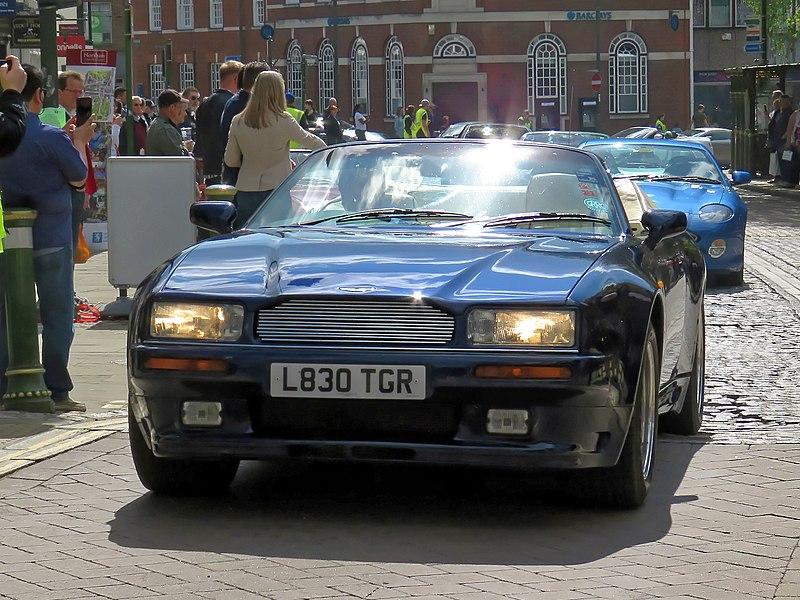 File:1994 Aston Martin Virage Volante convertible 5340 cc at Horsham English Festival 2018 b.jpg
