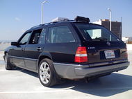 1995 Mercedes W124 Wagon rear.jpg