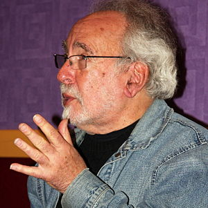 Peter S. Beagle - Beagle talking to readers in Rochester, Minnesota in 2014