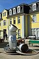 2017-03-25 Freundeskreis Hannover Tour in Bad Nenndorf und Idensen (134) Timm Ulrichs Großer Abwasch.JPG