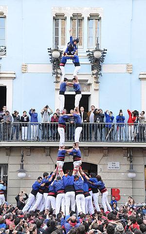 2 in 8 with double base - 2 in 8 with double base by Castellers de la Vila de Gràcia