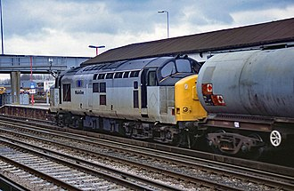 British Rail Class 37 - 37 891 with Mainline Freight branding at Eastleigh