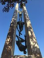 3Olga Fiorini-Monumento ai caduti-Q27991041.jpg