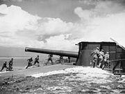 9.2 inch gun and crew at Needles New Battery 07-08-1941 IWM H 12512