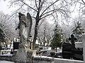 9. Bucuresti, Romania. Cimitirul Bellu Catolic. Ingerul veghind (28 Ianuarie 2019).jpg
