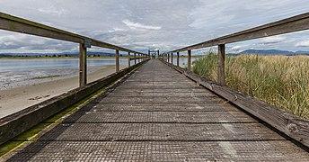 A pier on Sidney Spit, Sidney Island, British Columbia, Canada 02.jpg