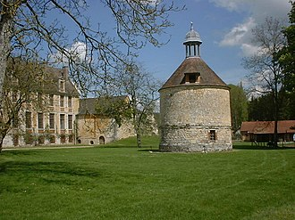 Mortemer Abbey - The 15th - 17th Century Abbey and Dovecote
