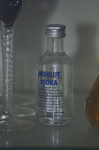 File:Absolut Vodka Mini Bottle.jpg - Wikimedia Commons