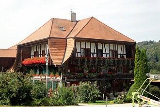 Schwarzenburg - Image: Aeckenmatt Bauernhaus DSC05386