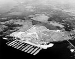 Aerial view of the US Naval Base Green Cove Springs (Florida) on 29 March 1948 (80-G-393816).jpg