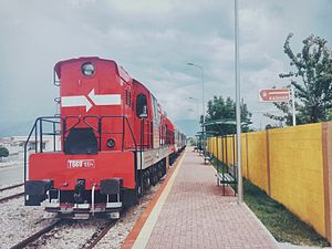 Hekurudha Shqiptare - Newly painted T-669 Locomotive at Kashar transit station
