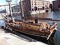 Albert Dock, Liverpool - 2012-08-31 (7).JPG