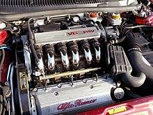 Il motore 2.5i V6 24V a benzina