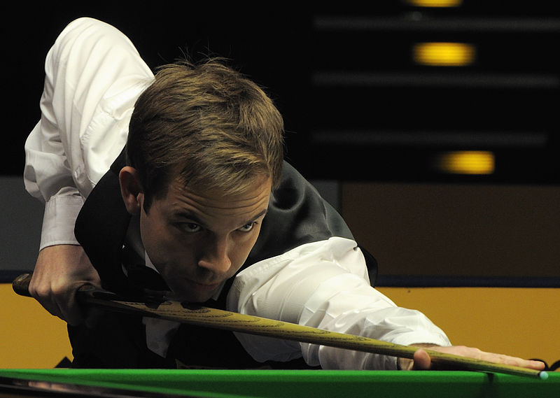 File:Ali Carter at Snooker German Masters (DerHexer) 2013-02-02 09.jpg