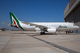 Alitalia Airbus A320 in new livery.jpg