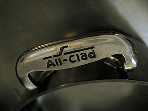 All-Clad - Image: All Clad handles