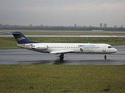 Alpi Eagles Fokker 100 I-ALPX at Düsseldorf airport.jpg