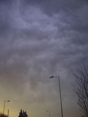 Altostratus cloud - Image: Altostratus undulatus at sunrise