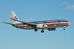 American Airlines Boeing 737-800 N875NN (15802189064).jpg