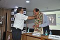 Anil Srikrishna Manekar Felicitating Saiyid Siraj Hasan - CRTL Silver Jubilee Celebration - NCSM - Kolkata 2018-03-13 8402.JPG