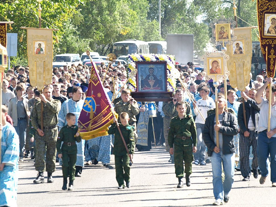 Annual procession with the Albazin icon