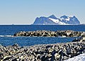 Antarctica (1), Jenny Island seen from Rothera Point retusche.jpg
