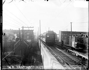 Argyle station (CTA) - The new embankment at Argyle Station in 1916