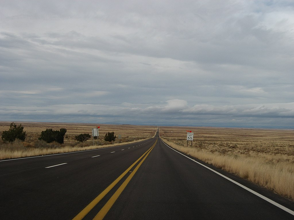How Much Is A Mile >> File:Arizona State Route 77 Between Snowflake, Arizona and ...