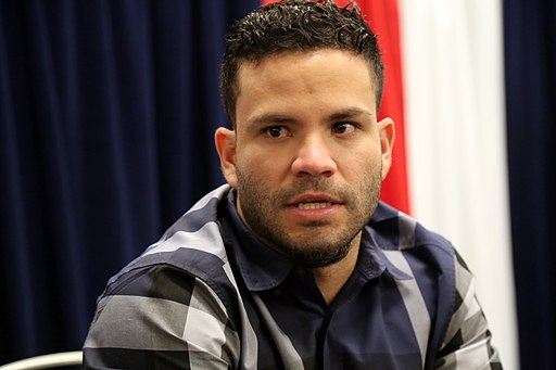 Astros second baseman Jose Altuve talks to reporters at 2016 All-Star Game availability. (28215681590)