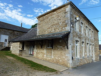 Aubigny-les-Pothées - The Town Hall
