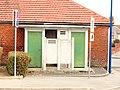 Auneuil-FR-60-toilettes publiques-1.jpg