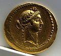 Aureo di c. vibius varus, 42 ac.., roma.jpg