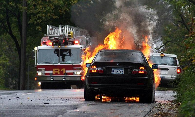 File:BMW Car Fire (1628268931).jpg
