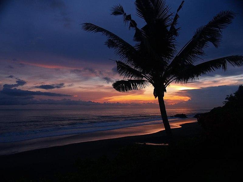 File:Balian Beach Sunset.jpg