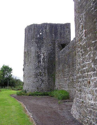 Ballymote Castle - Curtain wall and towers of Ballymote Castle