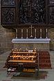 Bamberg, Dom, Opferkerzen vor Veit Stoss Altar-001.jpg