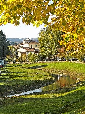 Barberino di Mugello - Image: Barberino and the torrent