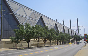 Kansas City Convention Center - Image: Bartle Hall from Broadway Blvd