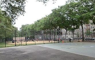 Jackie Robinson Park - Image: Baseball and basketball area in Jackie Robinson Park
