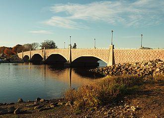 Berkley–Dighton Bridge - View from Berkley shore, October 2015