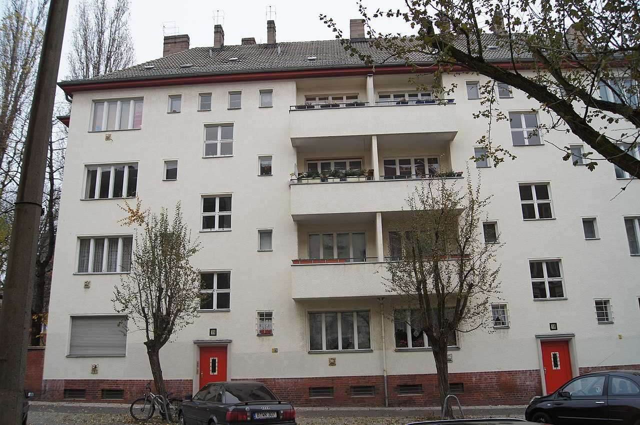 file berlin weissensee 2012 009 jpg wikimedia commons. Black Bedroom Furniture Sets. Home Design Ideas