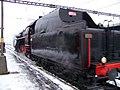 Beroun, Křivoklát expres (prosinec 2012), přejezd lokomotivy.jpg