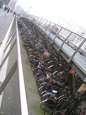 Leiden Centraal railway station - Image: Bicycles Leiden 1