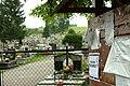 Bircza, hřbitov a tabule.jpg