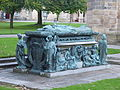 Bishop Elphinstone Memorial 1.JPG
